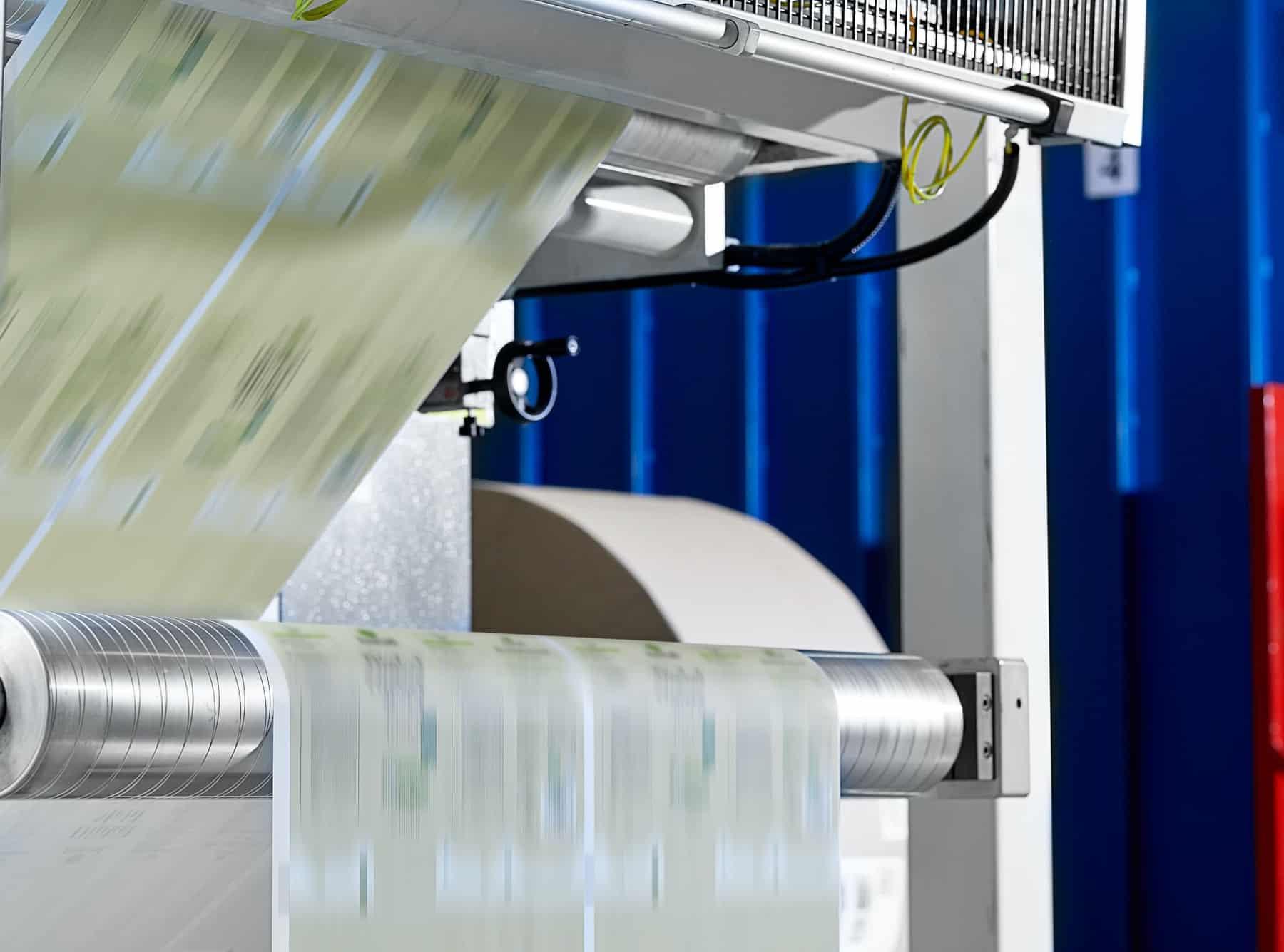 dettaglio di una macchina per la stampa delle bobine industriali in cartotecnica postumia